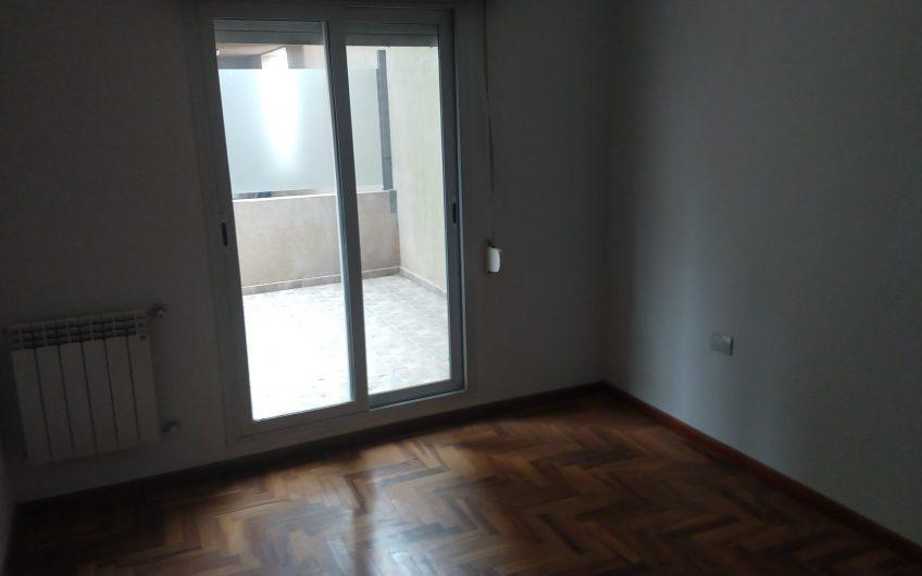 Semi  piso Bvd.  España