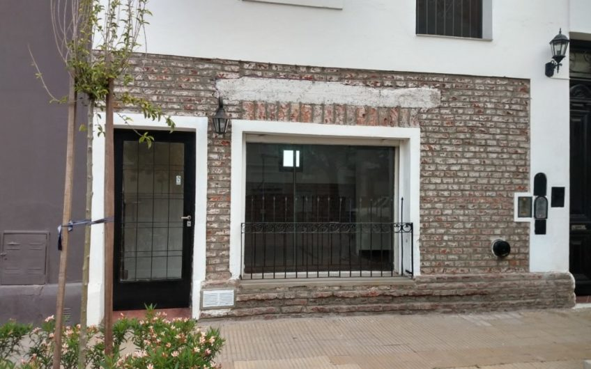 LOCAL COMERCIAL/DEPARTAMENTO