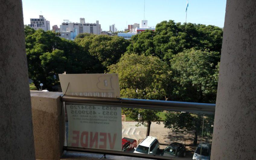 Frente plaza Centenario Micro centro