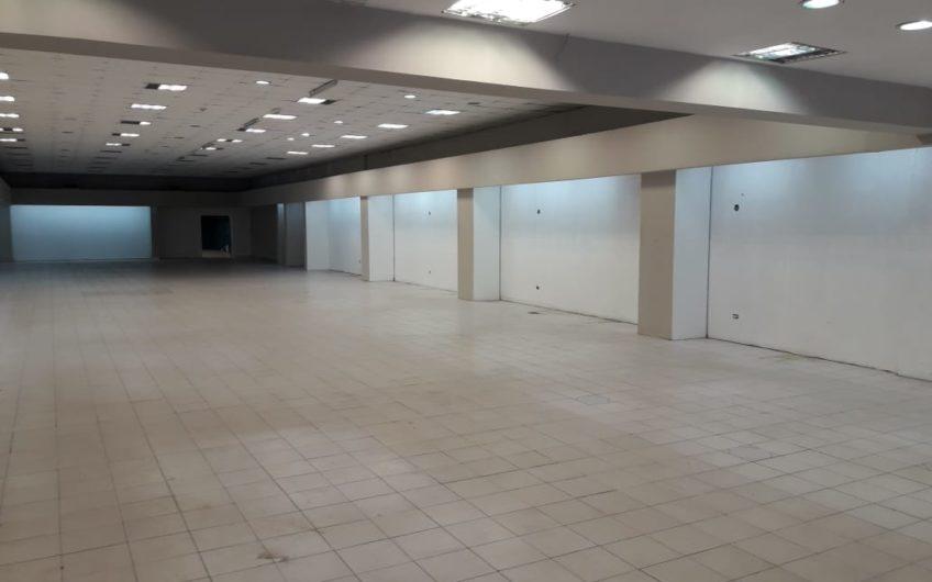 Imponente Local  Comercial  Micro centro Importante  Superficie