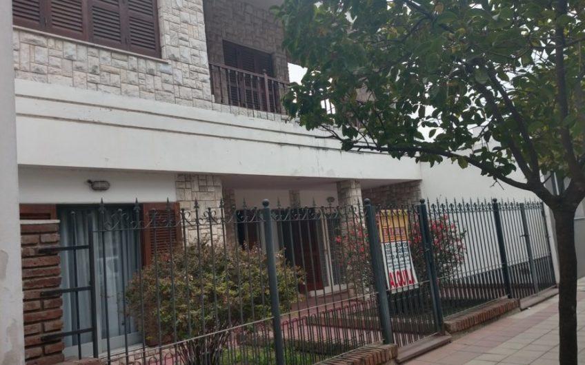 Micro Centro a una cuadra  de  Tribunales P/oficinas
